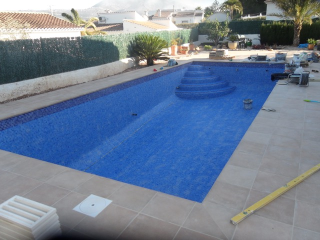 Swimming Pool Installation Service : Swimming pool construction process premier services